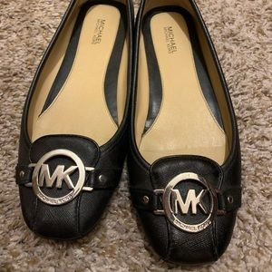MICHEAL Micheal Kors Moccasin Flats